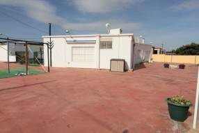 3 Bedroom 2 Bathroom with Guest House (3)