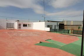 3 Bedroom 2 Bathroom with Guest House (4)