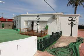3 Bedroom 2 Bathroom with Guest House (6)