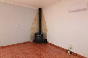 3 Bedroom 2 Bathroom with Guest House (19)
