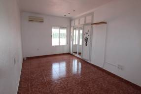 3 Bedroom 2 Bathroom with Guest House (28)