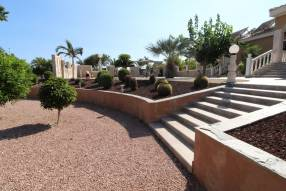 Stunning Finca Style Villa (10)