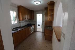 Detached 3 bedroom 2 bathroom villa  (8)