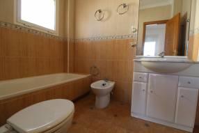 Detached 3 bedroom 2 bathroom villa  (21)