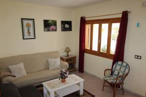 Warm and sunny bungallow  (4)