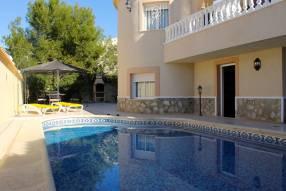 Beautiful Private Villa (8)