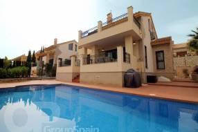 Beautiful Front Line Villa (2)