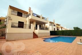 Beautiful Front Line Villa (1)