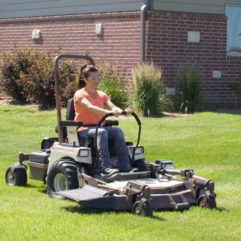 623t Economical Zero Turn Lawn Mower For Sale In Kearney