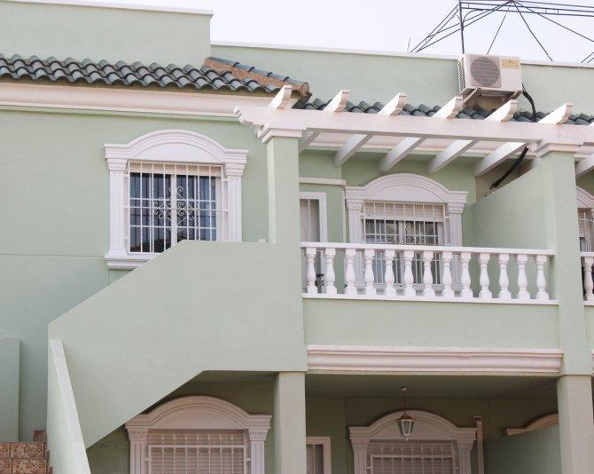 Top floor apartment in excellent location