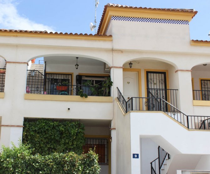 Sunny apartment with pleasant views in lovely Spanish village