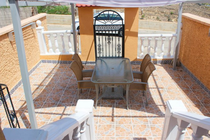 Townhouse with fabulous views and separate independent accommodation