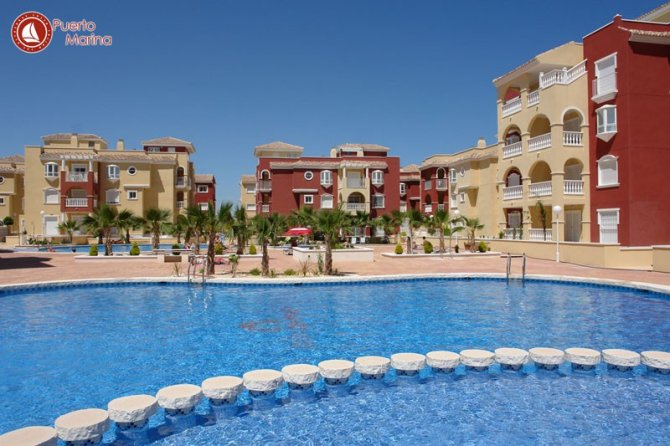 2 bed/2 bath apartments in 4 storey block with communal pool and landscaped communal garden