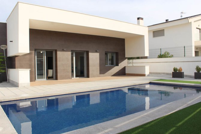 Spacious stunning bespoke villas with private pools and fabulous views