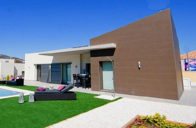 Stunning contemporary design new build 3 bed detached villas with private pool.
