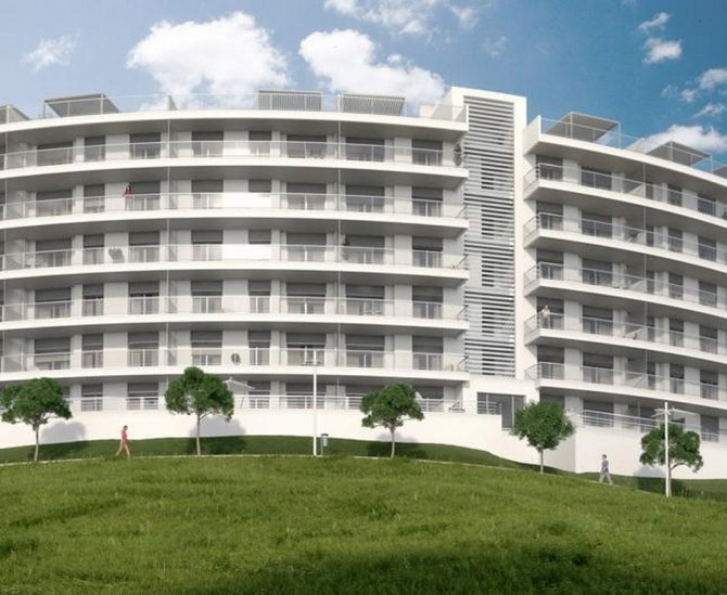 Luxury 2 bed 2 bath apartment, 200 meters from the sea