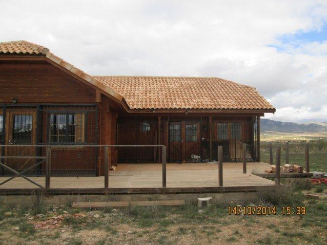 Wooden house in Lel