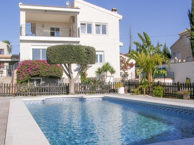 Stunning detached villa with fantastic views and separate accommodation