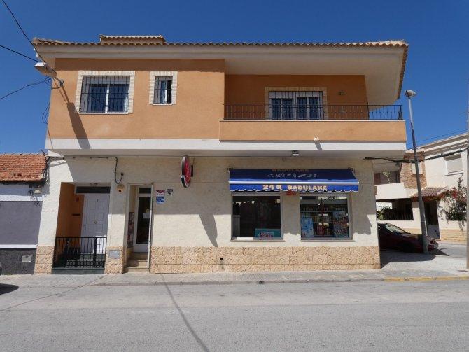 Townhouse in Los Montesinos