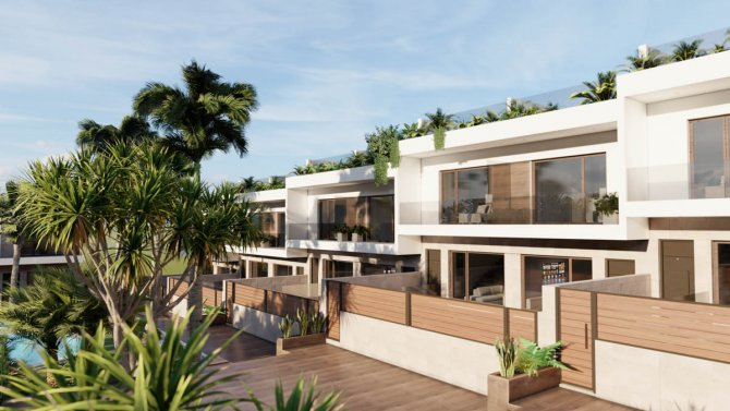 Town houses in the popular area of Los Balcones walkable to amenities