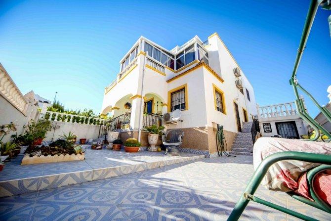 Duplex Apartment in Orihuela Costa