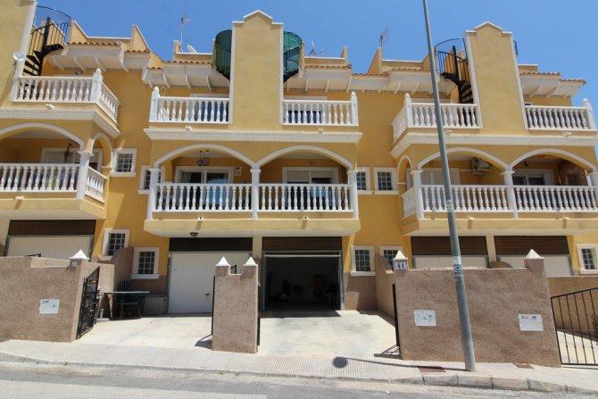 Duplex Apartment in Algorfa