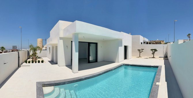 Beautiful Modern Villa, never lived in