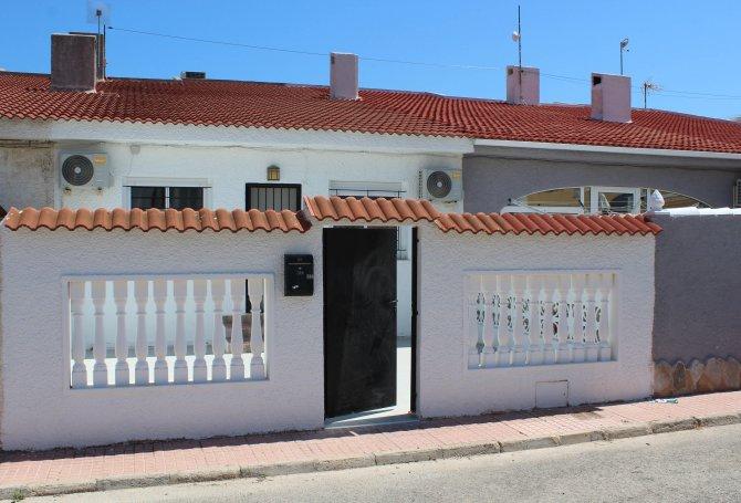 Fully refurbished 3 bedroom, 1 bathroom bungalow