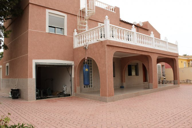 Large Detached Villa with Great Views and Major Potential