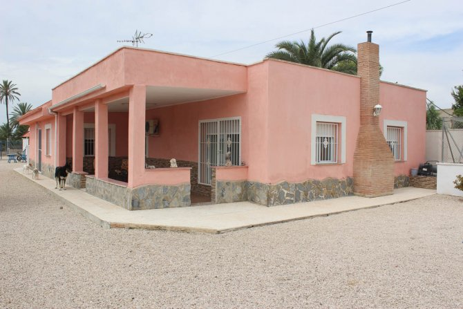 Stunning detached 4 bed, 2 bath finca with private pool and stables on a 3,000m2 plot