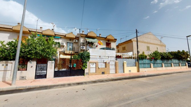 Townhouse in Santiago de la Ribera