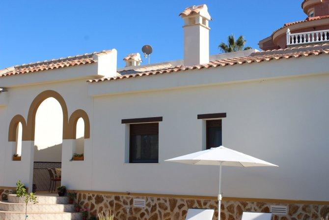 New Mediterranean style detached villa in La Marquesa