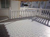 2 bed 2 bath semi on corner plot with internal courtyard (10)