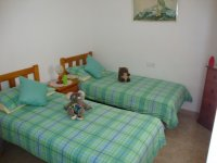2 bed 2 bath semi on corner plot with internal courtyard (7)