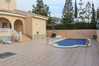 Superb 4 bed 3 bath villa with heated pool and separate 1 bed apartment (1)