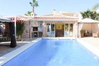 Stunning villa within easy walking distance of Quesada high street (31)