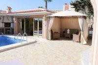 Stunning villa within easy walking distance of Quesada high street (34)