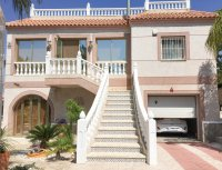 Stunning villa within easy walking distance of Quesada high street (1)