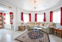 Stunning villa within easy walking distance of Quesada high street (3)