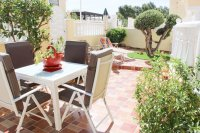 Very well-presented villa in quiet residential area (17)