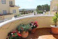 Very well-presented villa in quiet residential area (12)