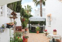 Well-presented, semi-detached villa with large garden and garage  (13)