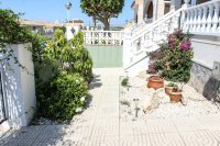 South facing, linked detached villa with communal pool including Ford Focus car (18)