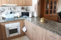 Large, well-presented townhouse with self-contained apartment in very good location (6)