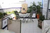 Large, well-presented townhouse with self-contained apartment in very good location (20)