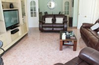 Beautiful, South facing villa with private pool and garage within easy walking distance of facilities (5)