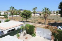 Beautiful, South facing villa with private pool and garage within easy walking distance of facilities (31)