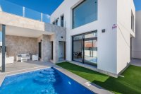 Stunning villas including white goods and private pool close to amenities (15)