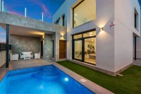 Stunning villas including white goods and private pool close to amenities (16)
