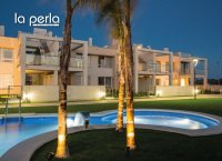 2 bed garden apartments with communal pool and Spa and beach club on the seafront of Mar Menor (2)